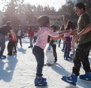 Providencia inauguró su primera pista de patinaje sobre hielo