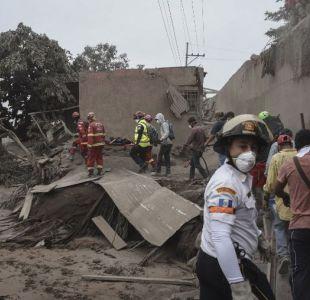 Aumentan a 65 los fallecidos por erupción de volcán en Guatemala