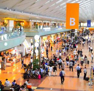 [VIDEO] El ranking que deja al aeropuerto de Santiago entre los peores del mundo