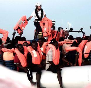 Aquarius, el barco con cientos de inmigrantes a la deriva que ni Italia ni Malta quieren recibir