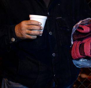 Comida y baile: Carabineros fueron en ayuda de personas en situación de calle en Concepción