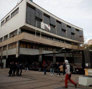 Instituto Nacional: Evalúan cierre del semestre por constantes tomas y manifestaciones