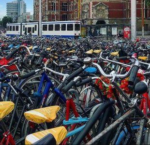Holanda evalúa remunerar a trabajadores que se movilicen en bicicleta