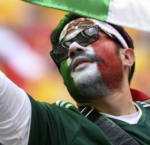 [FOTO] La curiosa polera contra Luisito Rey que apareció en el partido de México en Rusia