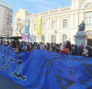 [VIDEO] Petitorio feminista en U. de Chile para poner fin a las tomas