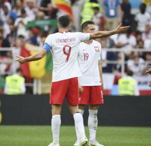 [FOTOS] 10 imágenes que reflejan la decepción de Lewandowski tras la derrota ante Senegal