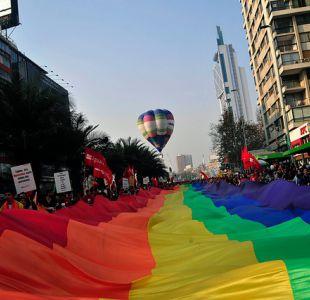 Marcha del orgullo: Conoce los desvíos que habrá este sábado en Santiago