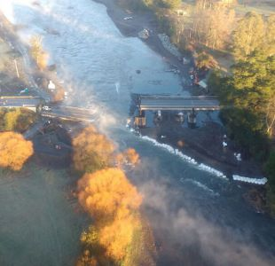 [FOTOS Y VIDEO] Colapso de puente Cancura deja un muerto y seis heridos