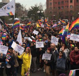 [FOTOS Y VIDEO] Así se desarrolla la marcha del Orgullo en Santiago