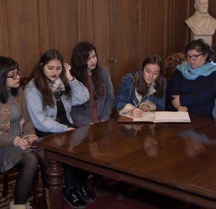 [VIDEO] U. de Chile: Piden salida de Carmona para bajar toma en Derecho