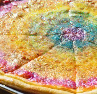 Sólo para valientes: Inventan pizza con purpurina