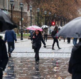 [VIDEO] Lluvias se intensificarán durante la tarde en Santiago