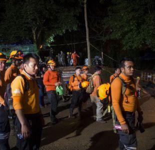 [VIDEO] Muere un rescatista en la cueva de Tailandia tras ayudar a niños atrapados