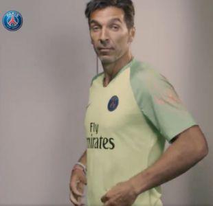 [VIDEO] De la talla del refuerzo: La genial presentación de Gianluigi Buffon en el PSG