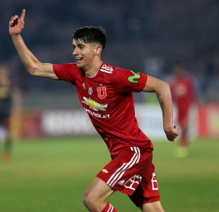 La U derrota a Cobreloa con doblete de Araos por Copa Chile