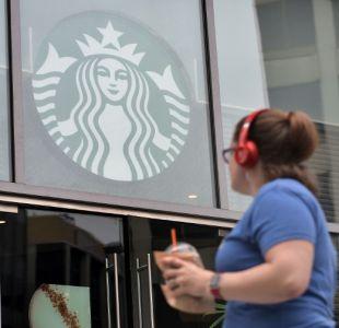 Starbucks anuncia que dejará de usar sus bombillas de plástico para 2020
