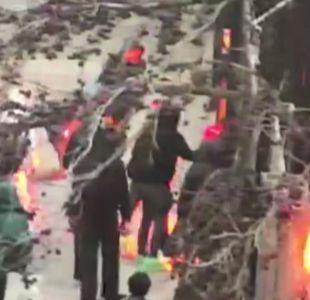 [VIDEO] Instituto Nacional: Otra vez bombas molotov
