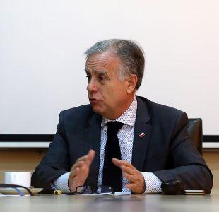 Ministro Santelices niega acusaciones de conflicto de interés