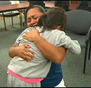 [VIDEO] Estados Unidos comienza a reunir a familias migrantes