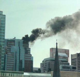 [VIDEO] Reportan incendio en un rascacielos de Canadá
