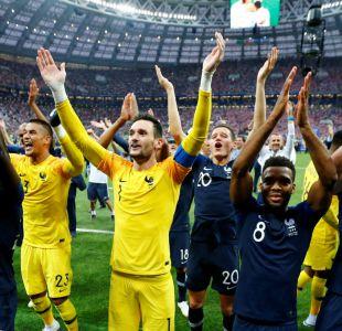 [VIDEO] El papelón de Francia al intentar imitar el saludo de Islandia