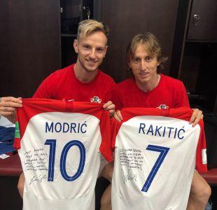 Luka Modric e Ivan Rakitic intercambiaron emotivos mensajes en sus camisetas