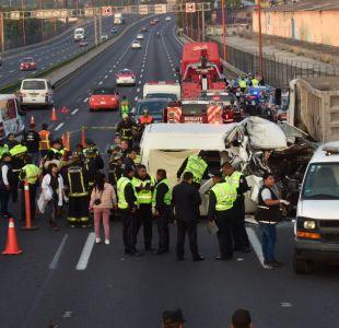 Accidente automovilístico deja 13 muertos en el centro de México