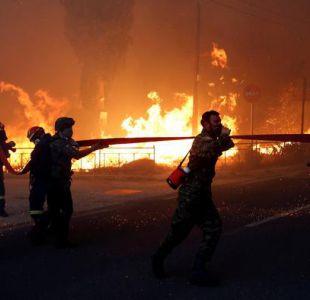 [VIDEO] Al menos 50 muertos y 156 heridos en incendios forestales en Grecia
