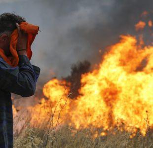 [FOTOS] Las imponentes imágenes de los violentos incendios que dejaron decenas de muertos en Grecia