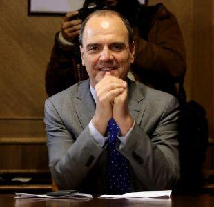 Ministro de Vivienda llama a no saltarse la fila con tomas para conseguir viviendas sociales