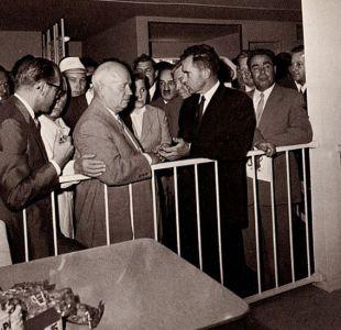 El excepcional debate entre Jruschov y Nixon que tuvo lugar en una cocina en plena Guerra Fría