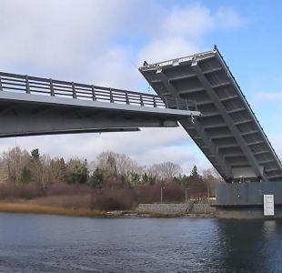 [VIDEO] El puente Cau Cau podría estar habilitado en dos semanas