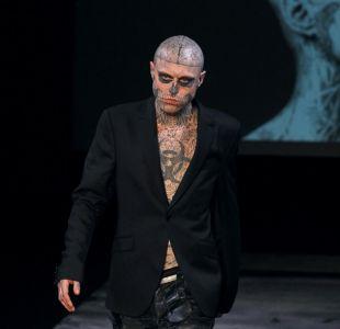 [VIDEO] Así lucía sin tatuajes Zombie Boy, el fallecido modelo que entró en el Récord Guinness