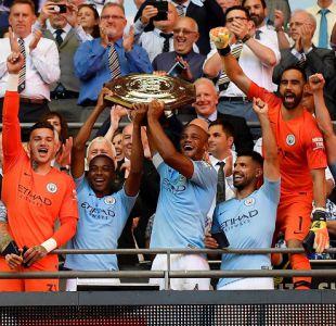 Manchester City se corona campeón de la Community Shield con Bravo como titular
