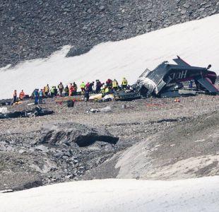 Suiza: 20 personas mueren tras estrellarse un avión de la Segunda Guerra Mundial en una montaña
