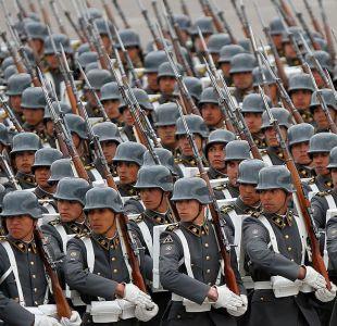 Gobierno busca aumentar años de servicio a funcionarios de Fuerzas Armadas