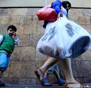 Uruguay aprueba ley para limitar el uso de bolsas plásticas