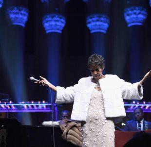 [VIDEO] Aretha Franklin, la Reina del Soul, está gravemente enferma y en compañía de su familia