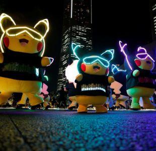 [VIDEO] Pikachu Outbreak 2018 sorprende con bailes y juego de luces en Japón
