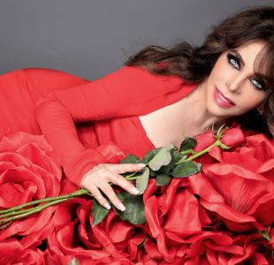 Verónica Castro en La casa de las flores