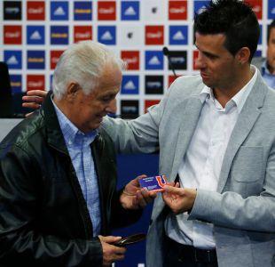 [VIDEO] El incómodo momento que vivió Leonel Sánchez en el Estadio Nacional