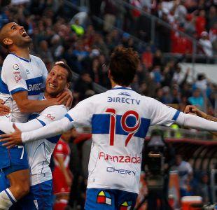Universidad Católica derrota a Curicó y se convierte en el único puntero del campeonato
