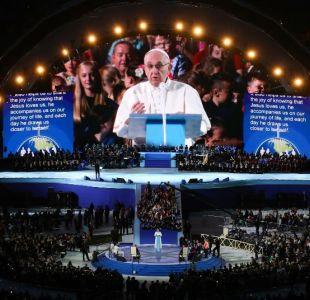 El papa termina una visita a Irlanda dominada el escándalo de los abusos del clero