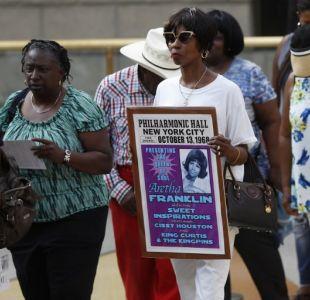 [FOTOS] Miles de fanáticos despiden a Aretha Franklin antes de su funeral