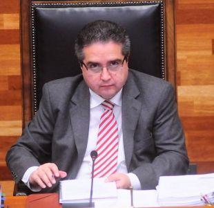 Ex presidente del TC renuncia a facultad de Derecho de Universidad de Chile tras denuncias de acoso