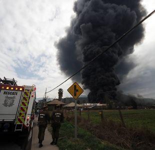[FOTOS Y VIDEOS] La gigantesca columna de humo que genera el incendio en Maipú