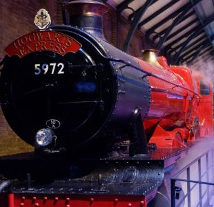 El rescate del Expreso de Hogwarts: el tren de Harry Potter pasó del depósito de chatarra al cine
