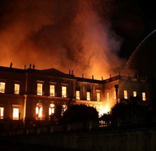 Incendio devora el Museo Nacional de Rio, uno de los más antiguos de Brasil