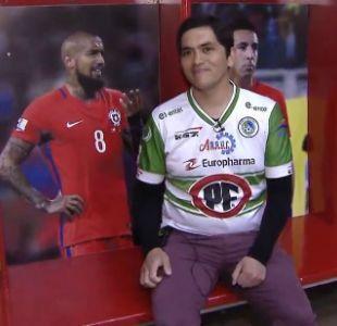 [VIDEO] ¿Quién es el hincha chileno nominado al mejor del año por la FIFA?
