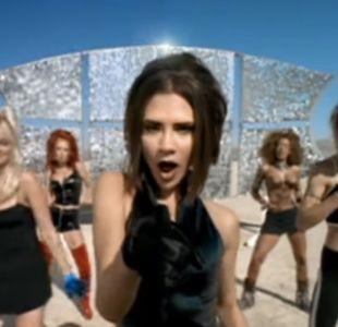 Victoria Beckham recrea noventero video de Spice Girls con osado look en revista Vogue